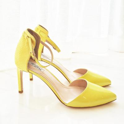 羊漆皮尖头侧空一字带浅口高跟凉鞋 细跟蛇皮单鞋黄色杏色-细跟凉