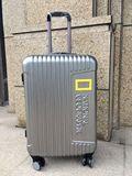 外贸镜面飞机轮带扩展层海关锁原单拉杆箱旅行箱登机箱20/24/28寸