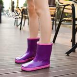 2015韩国雨靴女水鞋时尚雨鞋 中筒 女 韩版胶鞋 雨靴 女 韩版套鞋