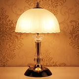 现代简约水晶台灯时尚创意个性台灯欧式田园书房卧室婚庆床头台灯