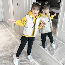 Girls three-piece autumn and winter 2019 new foreign childrens clothing in the Big childrens padded vest plus velvet thickening suit
