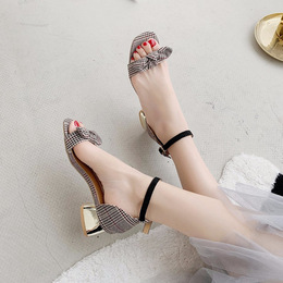 Bow sandals women's new 2020 summer Korean version of the 100-word buckle belt with thick heels open-toed fairy shoes