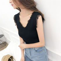 Large size knit vest lace stitching V-neck knit camisole female sleeveless shirt was thin solid color primer shirt