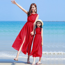 2019 summer Korean version of the parent-child beach dress mother and daughter beach holiday dress red chiffon dress childrens clothing style