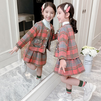 Girls set autumn and winter 2019 new Korean version of the Red little girl plaid skirt Western autumn children's two-piece