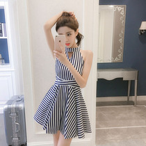 19 summer new sweet little fresh striped strapless halter neck dress sleeveless waist was thin Tutu vest skirt
